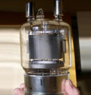 Торированный вольфрамовый Карбидированный или оксидированный     катод